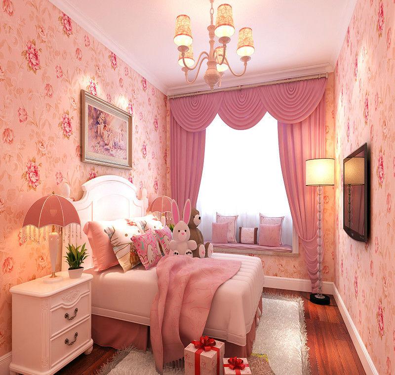 粉色系少女房间装修效果图,粉色系的壁纸让卧室更添几分温馨浪漫感,加