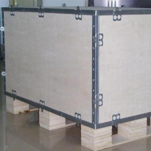 胶合板钢边箱