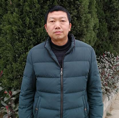 语文老师 卢胜开