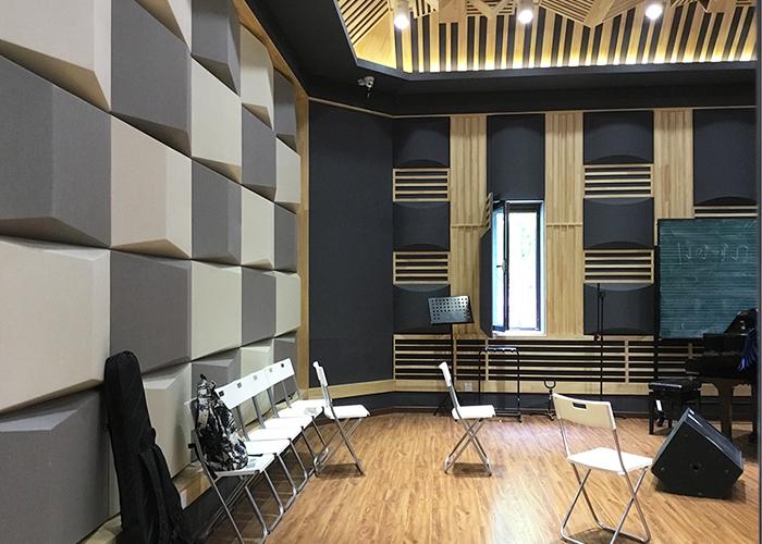北京现代音乐学院(1楼)排练厅